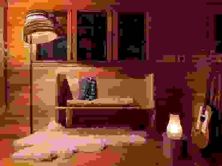 Cardboard Tilt Floorlamp by Greypants Salon original par Little Mill House Éclectique