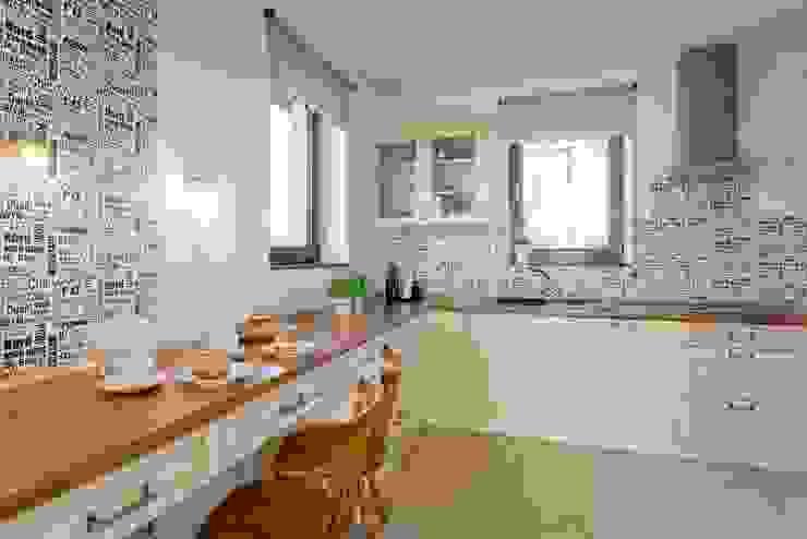 Cocinas de estilo clásico de Sceny Domowe Clásico
