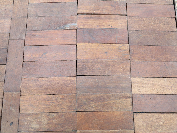 Reclaimed Hardwood Parquet Flooring de UKAA | UK Architectural Antiques Clásico