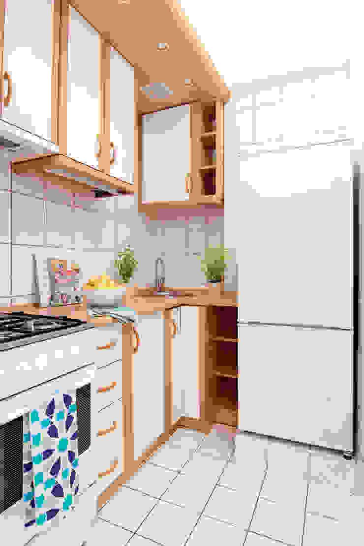 KUCHNIA PO METAMORFOZIE od Better Home Interior Design Skandynawski