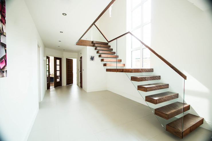 Two Levels of Floating Stairway: modern  by Railing London Ltd, Modern