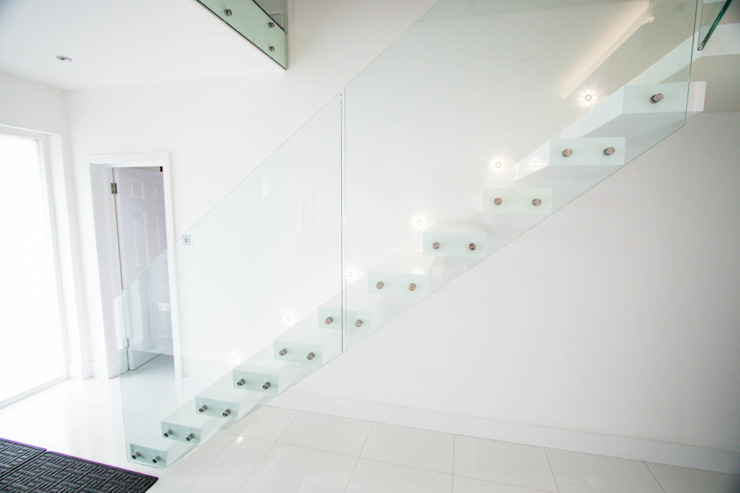 modern  by Railing London Ltd, Modern