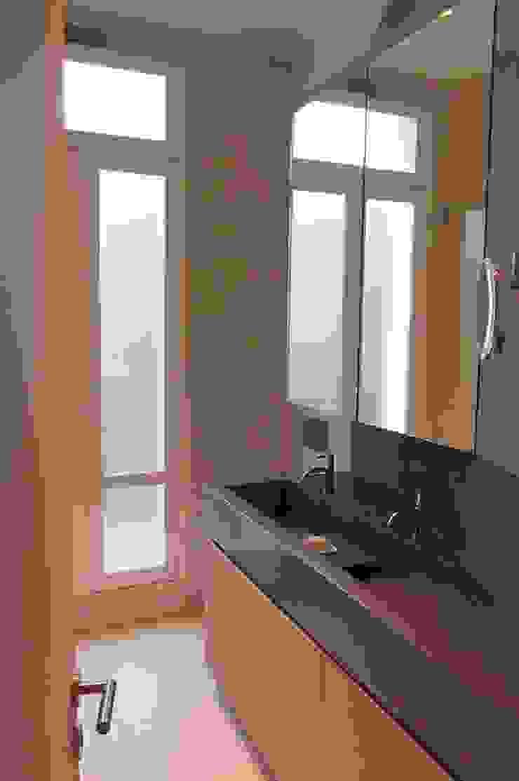 Modern Banyo Roque Intérieurs Modern