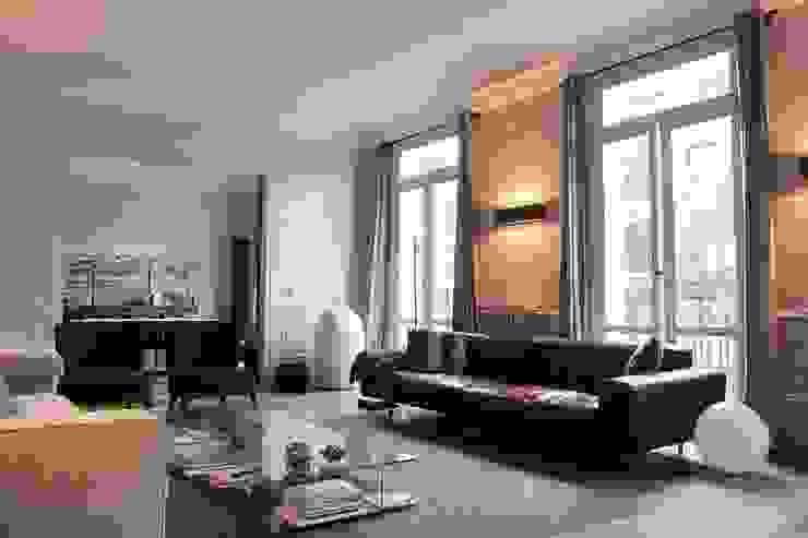 Living room by Roque Intérieurs