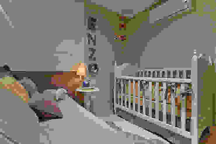 901 Quarto infantil moderno por IE Arquitetura + Interiores Moderno