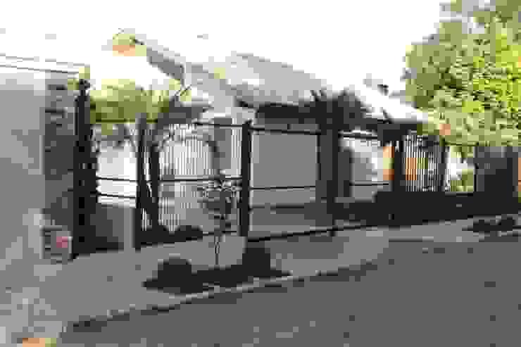 Projeto Varanda Casas campestres por Apê 102 Arquitetura Campestre