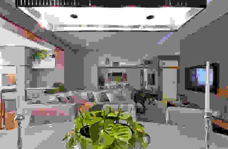901 Salas de jantar modernas por IE Arquitetura + Interiores Moderno