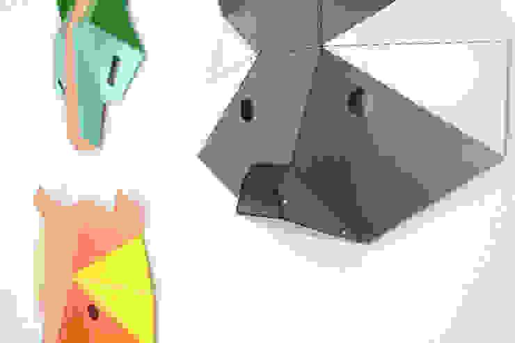 Maski Mid-Summer Night od Kosmos Project Nowoczesny