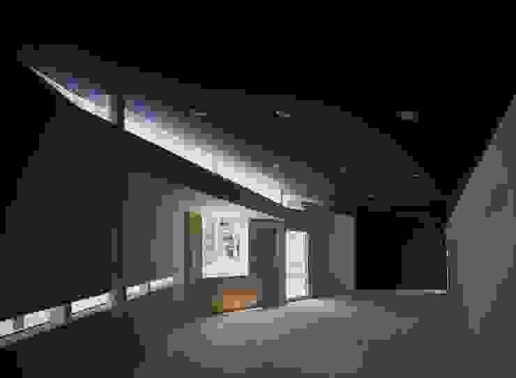 Y's Gate 内観 モダンデザインの 書斎 の 神谷徹建築設計事務所 モダン