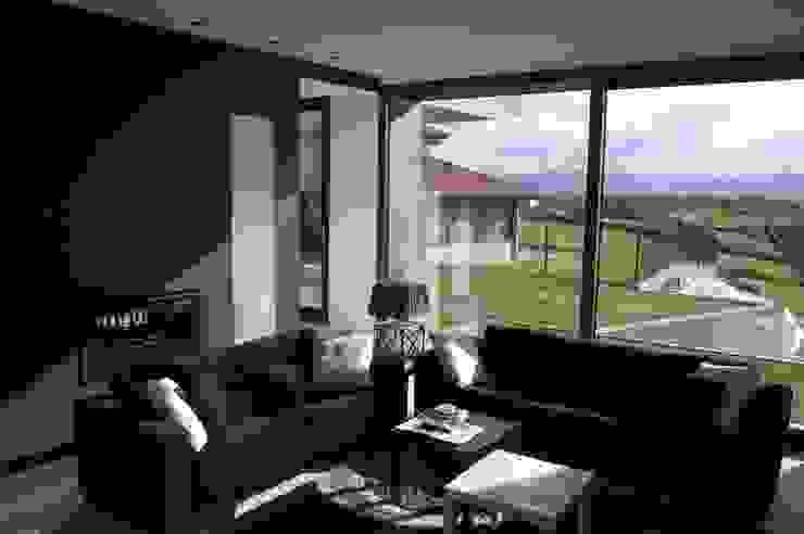 Vivienda en Siero 2 Salones de estilo minimalista de Eva Fonseca estudio de arquitectura Minimalista