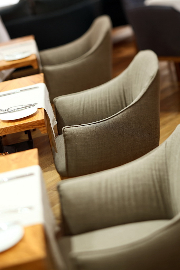 Ресторан Selfie Бары и клубы в стиле модерн от Дизайн-бюро ARCHPOINT Модерн