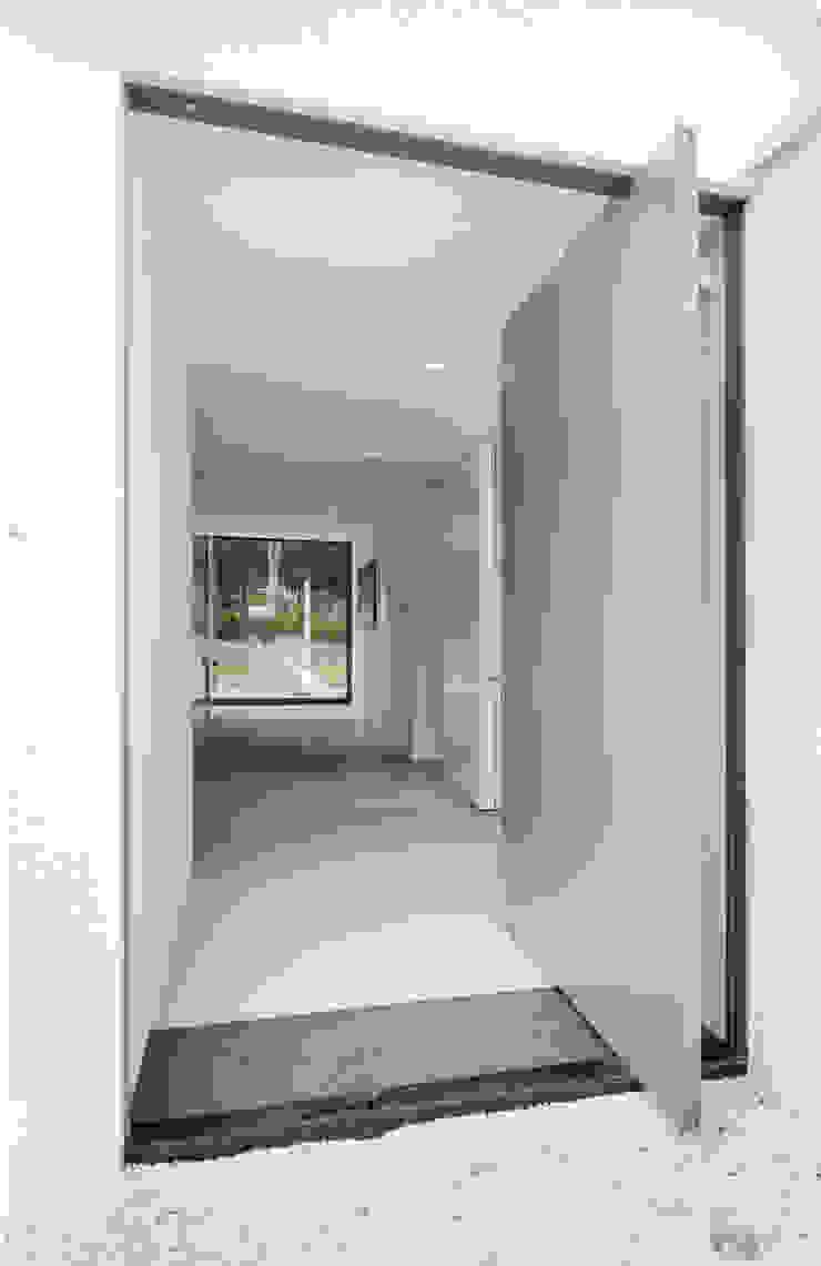 FritsJurgens taatsdeuren Moderne huizen van FritsJurgens BV Modern