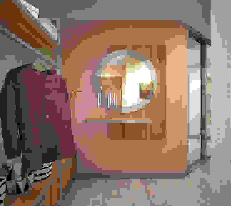Minimalist Giyinme Odası Студия дизайна Виктории Силаевой Minimalist
