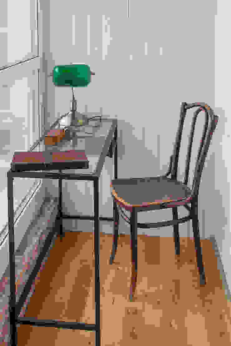 Квартира в Нижнем Новгороде Рабочий кабинет в классическом стиле от Galina GSV. Галина Сторожкова Классический