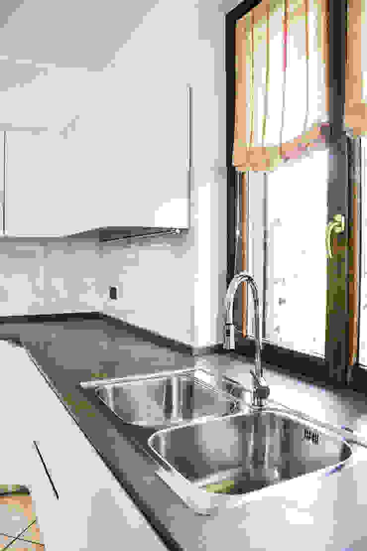Architetti di Casa ห้องครัวซิงก์และก๊อกน้ำ