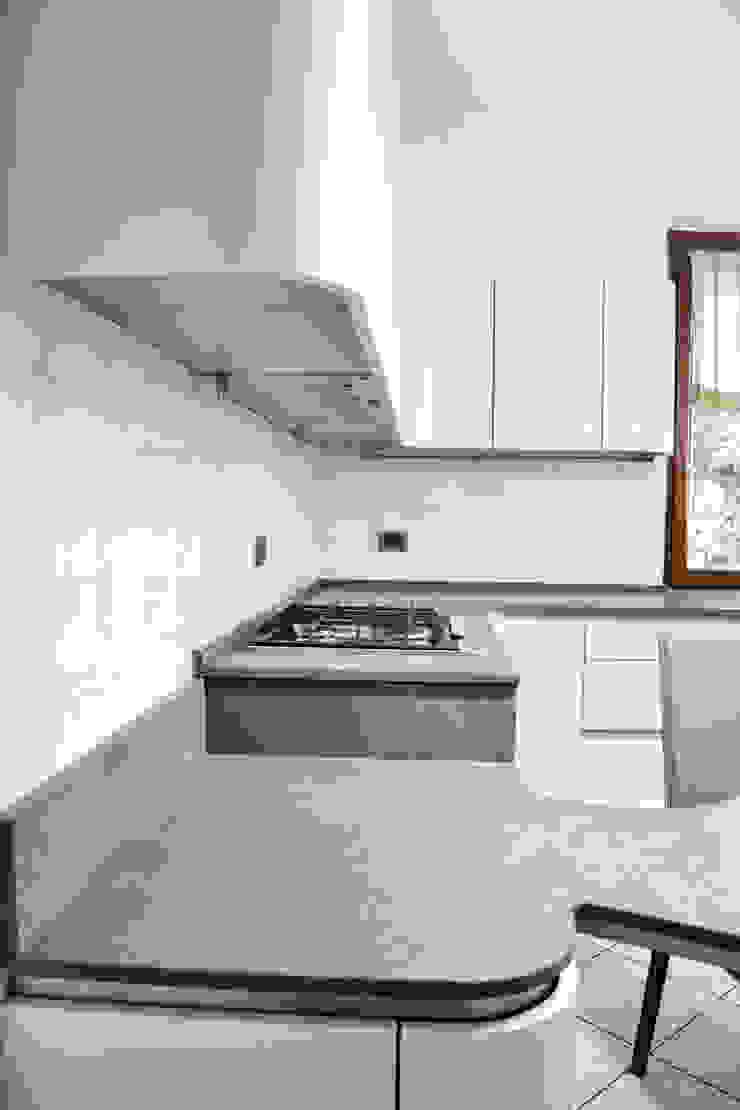 Architetti di Casa ห้องครัวเคาน์เตอร์ครัว
