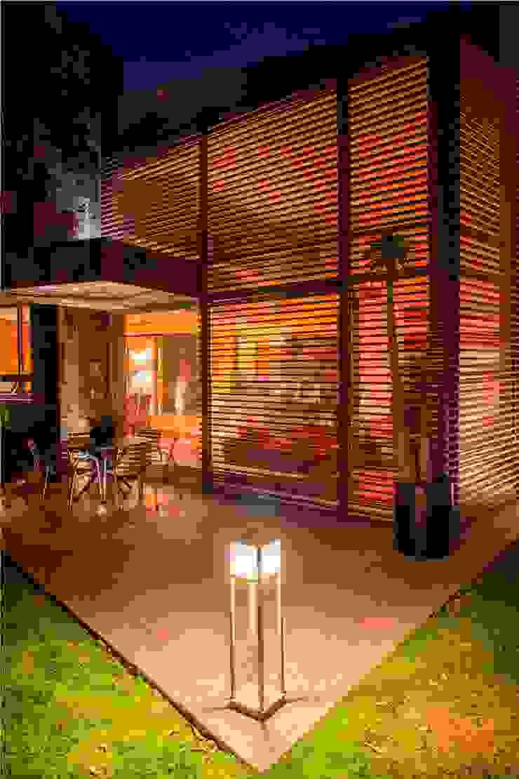 CAMPESTRE 752 Casas modernas de GRUPO VOLTA Moderno