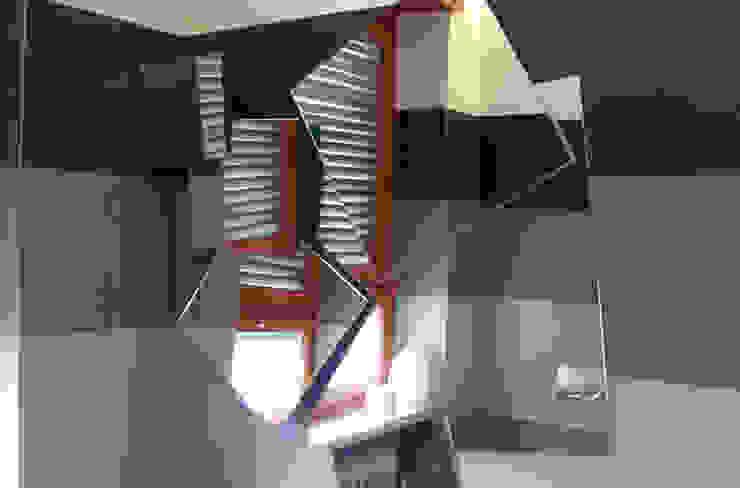par Studio PROJECT-TO Moderne