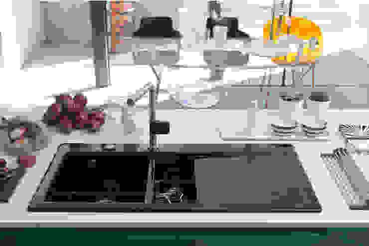 Franke-Keramikspüle Mythos Moderne Küchen von homify Modern