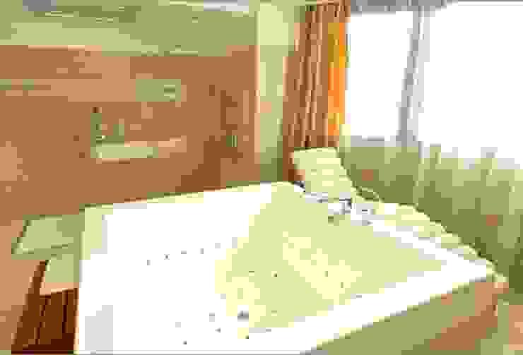 The Dostyk Hotel - Almaty, Kazajistán Hoteles de estilo moderno de Tono Bagno Moderno