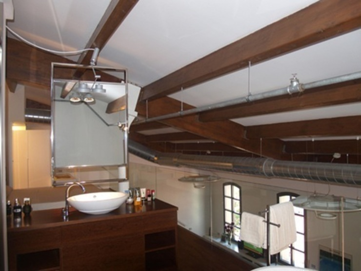 Loft22@ Barcelona Baños de estilo moderno de Tono Bagno Moderno