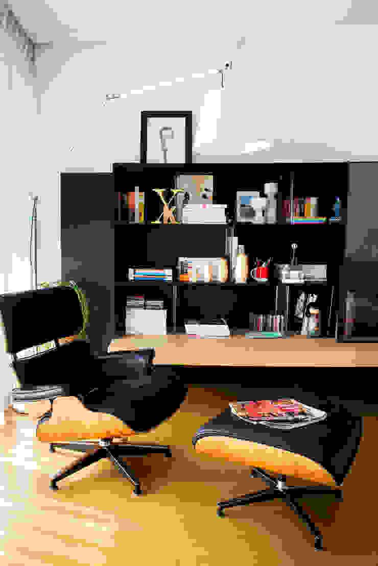 Vivienda zona Acacias, Madrid Salones de estilo moderno de nimú equipo de diseño Moderno