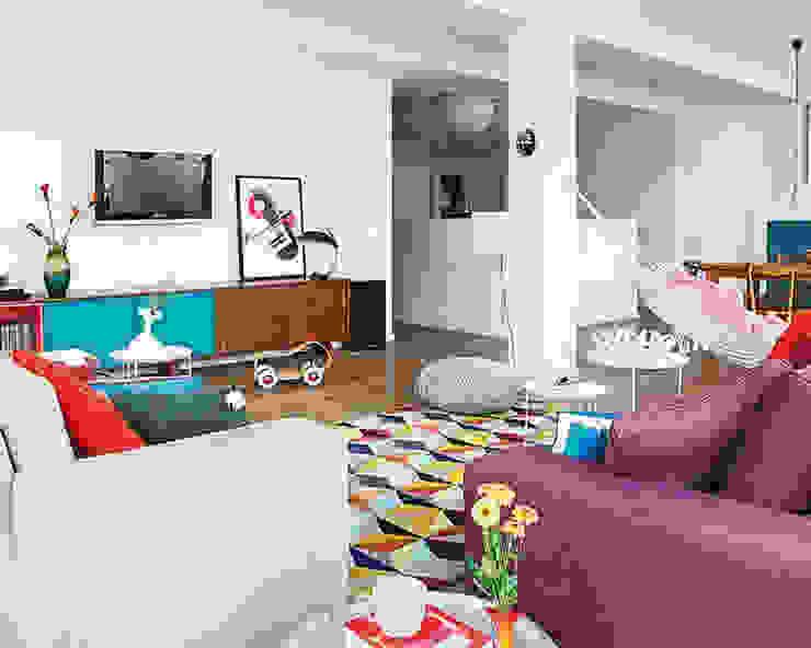 غرفة المعيشة تنفيذ nimú equipo de diseño, إسكندينافي
