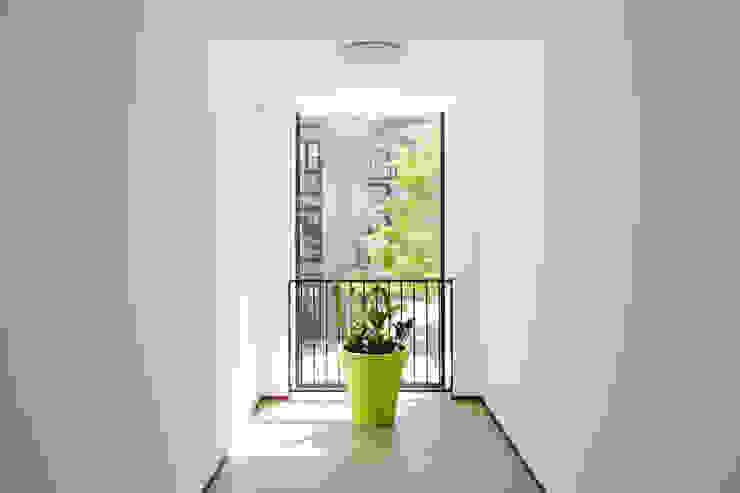 Interieur, zicht op binnenhof van Ed Bergers Architecten
