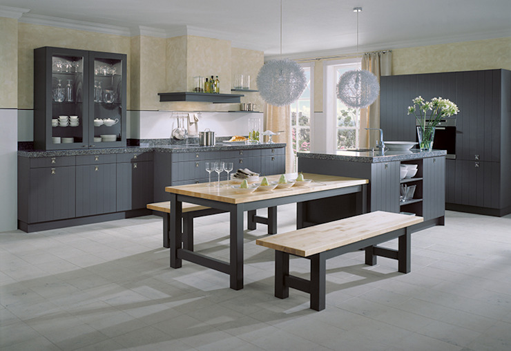 ​Mouse grey structured lacquer kitchen LWK London Kitchens Cucina rurale