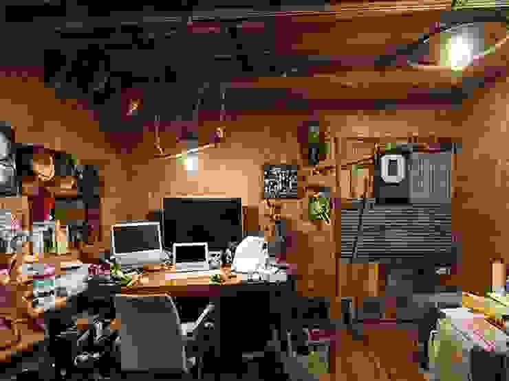 日野の家 オリジナルデザインの 書斎 の HandiHouse project オリジナル