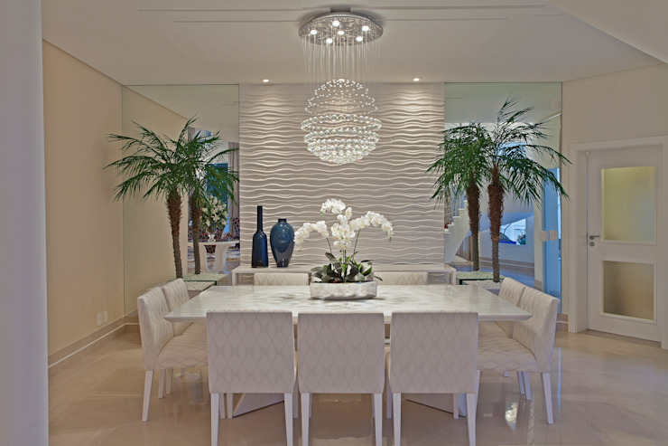 غرفة السفرة تنفيذ Designer de Interiores e Paisagista Iara Kílaris , حداثي