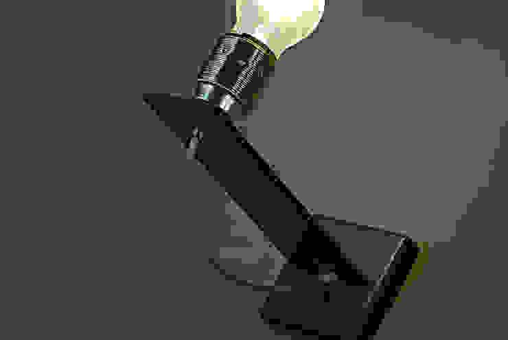 Lampada parete:  in stile industriale di RB-Progetti, Industrial