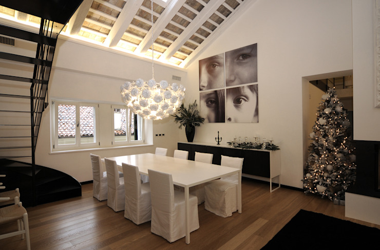 Casa S Arch. Roberto Buzzi Sala da pranzo moderna