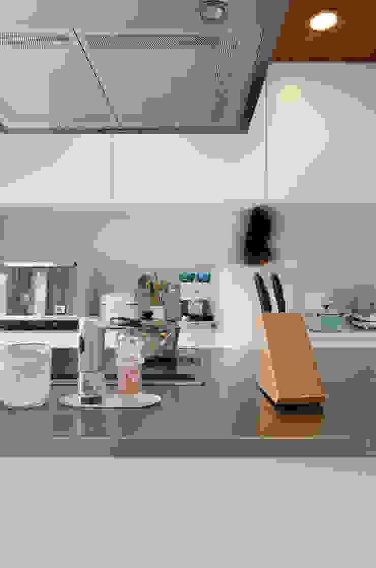 house ma モダンな キッチン の アークス建築デザイン事務所 モダン