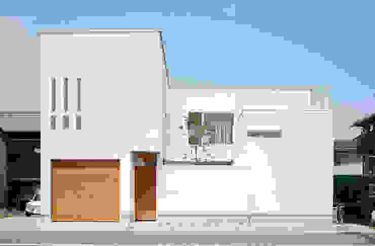 Modern houses by アークス建築デザイン事務所 Modern