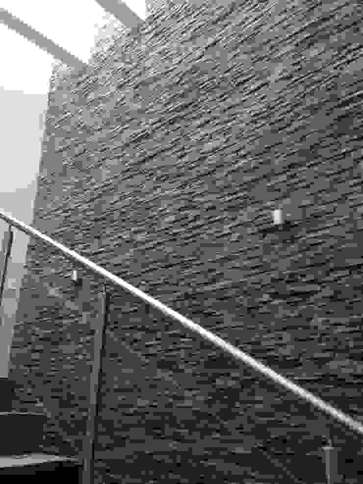 Piedra Laja Centros comerciales de estilo moderno de Piedra Serena Moderno