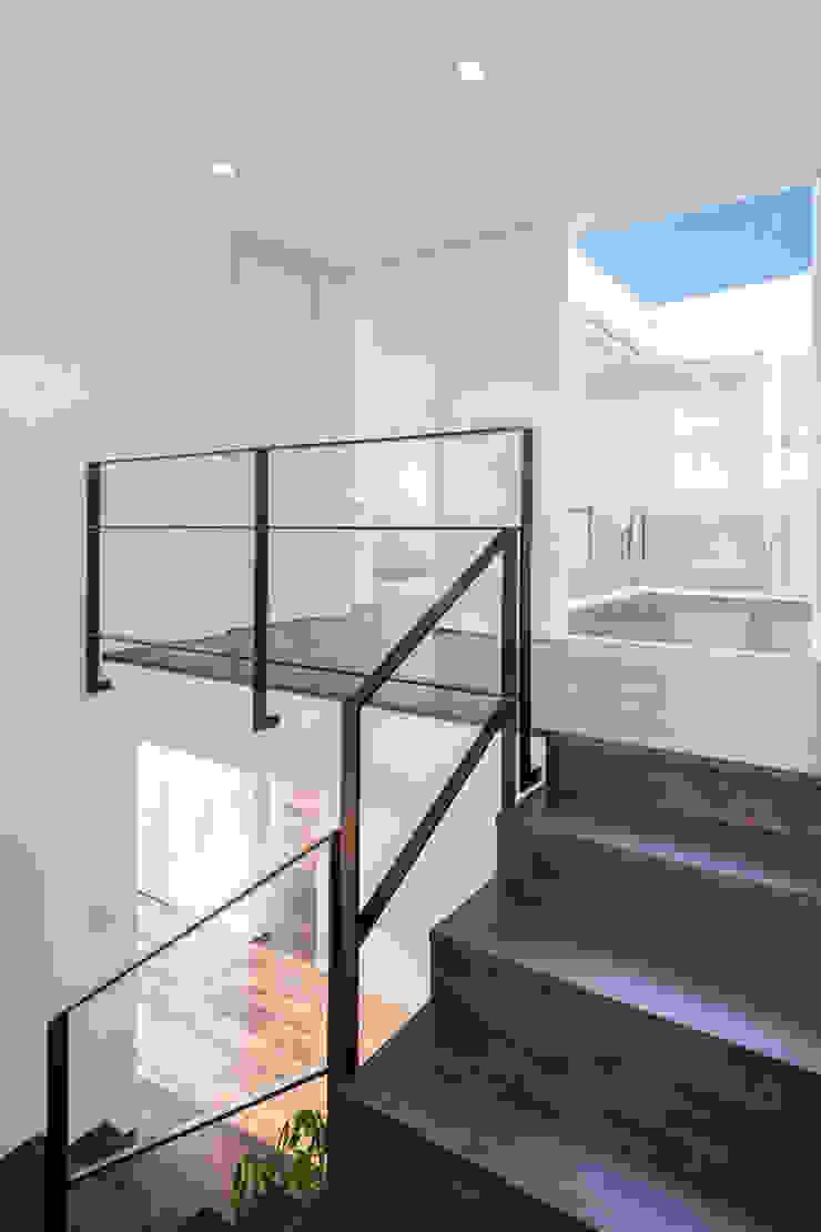 株式会社細川建築デザイン Koridor & Tangga Modern