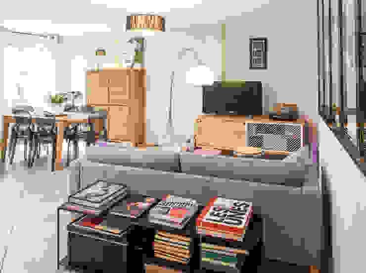 Modern Living Room by Marion Lanoë Modern
