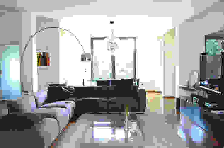 Casa M Soggiorno moderno di Stefania Paradiso Architecture Moderno