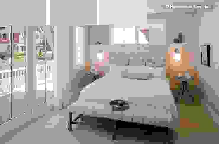 Dormitorio en tonos suaves y relajantes Dormitorios de estilo moderno de La brujula Feng Shui Moderno