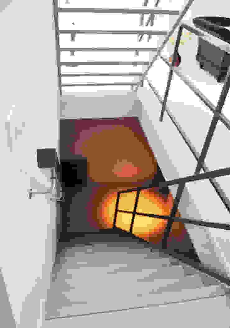 verbouwing centrum Utrecht Moderne gangen, hallen & trappenhuizen van NokNok Modern