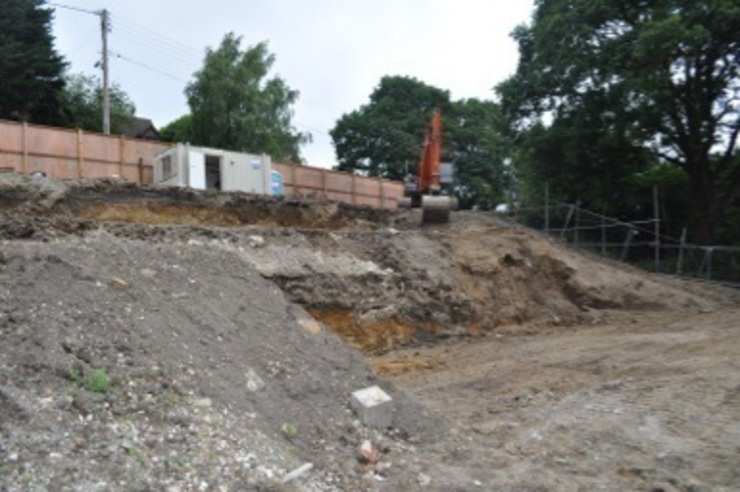 Camilia Cottage - During site works Rustic style garden by Hampshire Design Consultancy Ltd. Rustic