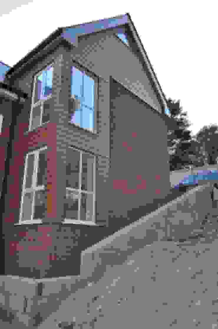 Camilia Cottage - by Hampshire Design Consultancy Ltd.