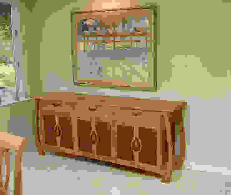 'Empress' sideboard: modern  by Cadman Furniture, Modern