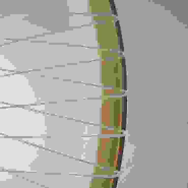 Detail disque lamp van Marc Th. van der Voorn Industrieel