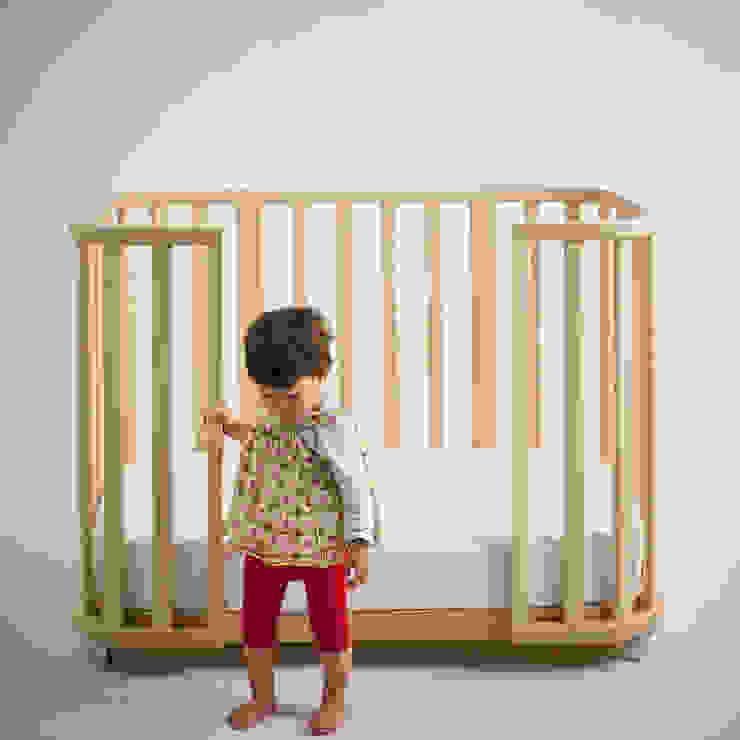 Nido Nursery/kid's roomBeds & cribs