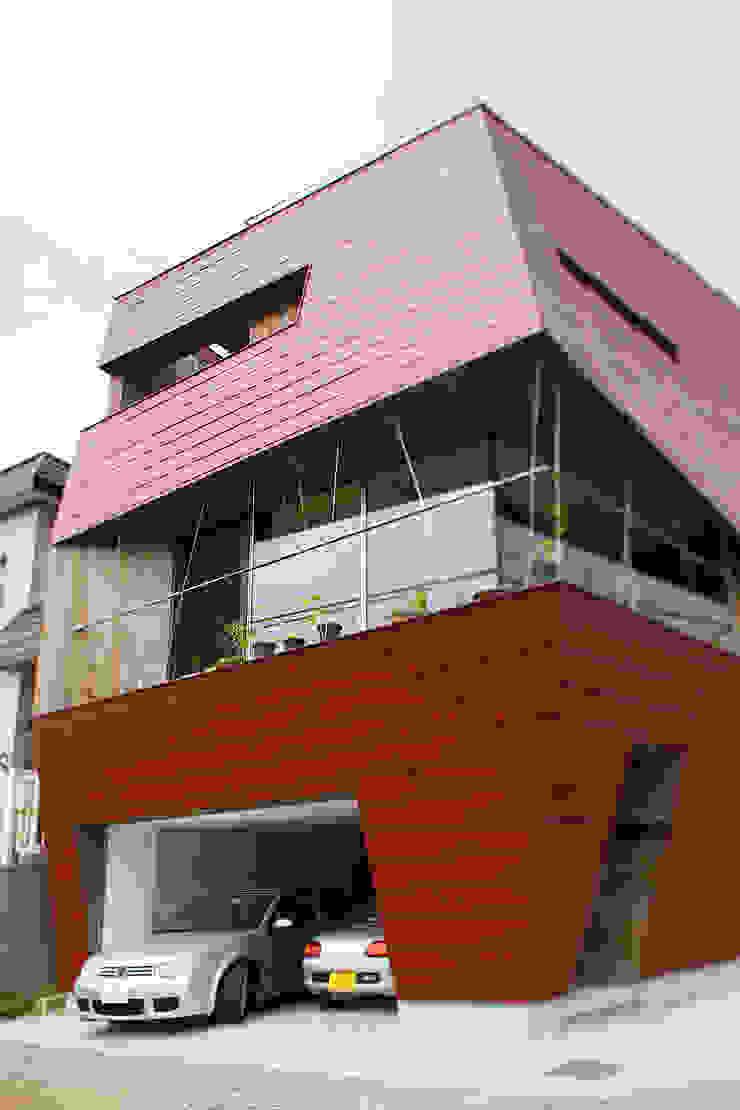 外観2 モダンな 家 の 石塚和彦アトリエ一級建築士事務所 モダン