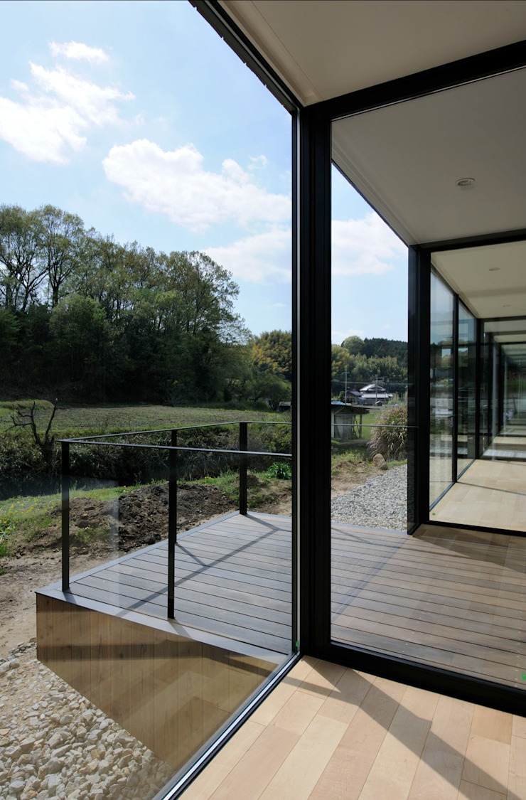 KI house モダンな 窓&ドア の Kawamura Architects モダン