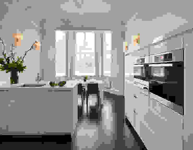 London Charm Modern kitchen by Elan Kitchens Modern
