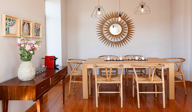 Dining room by Home Staging Factory